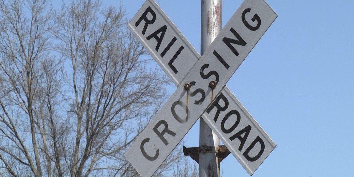 Poplar Bluff railroad crossing closed